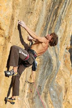 climbing-Myhailo-Shalagin-rock