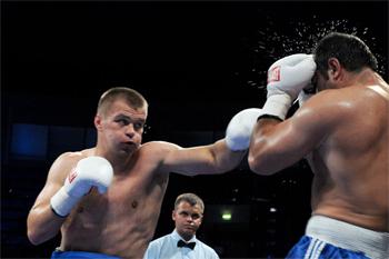 box-Vyacheslav-Glazkov-1