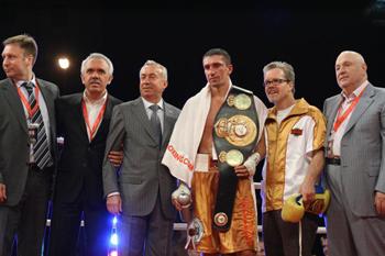 box-Vyacheslav-Senchenko-1