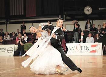 dance-Volodymyr-Lyatov-Veronika-Myshko