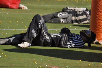 paintball-referi-resting