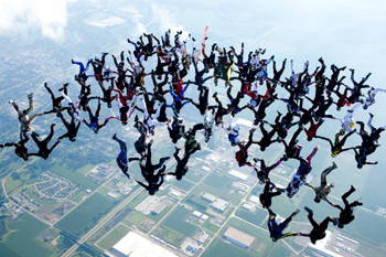skydiving-formation