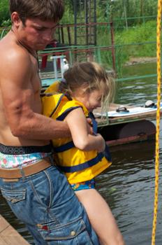 wakeboarding-Dmytro-Massalov-and-girl