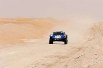 autosport-abu-dhabi-desert-challenge-2011-1