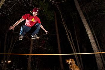 slackline-jump