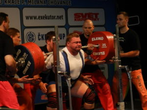 powerlifting-Victor-Tescov-world-cup-1