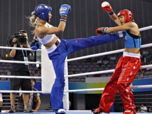kickboxing-women-high-kick