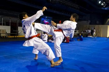 karate-kumite-japan