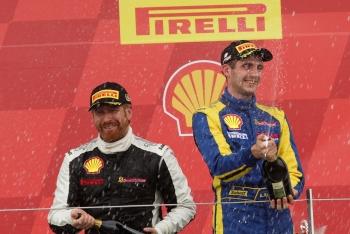 autosport-Andriy-Kruglyk-podium