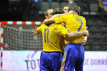 futsal-ukraine-celebrating