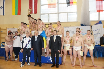 sumo-euro2013-team-ukraine-podium