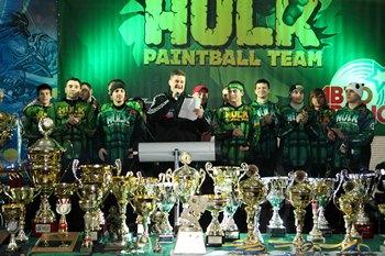 paintball-Yaroslav-Yanushevych-Hulk-team-trophies