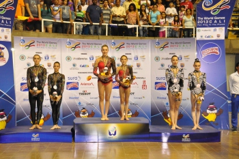 world-games-acrobatic-Sytnikova-Melnychenko-podium
