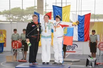 world-games-powerlifting-Olena-Kozlova-podium