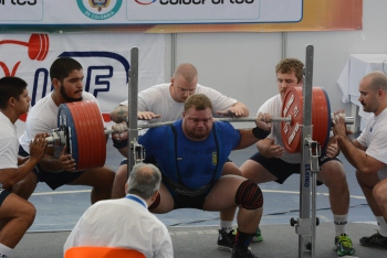 world-games-powerlifting-Victor-Tescov-3