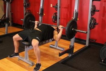 powerlifting-bench-press