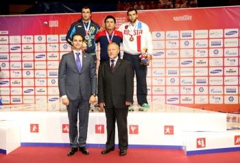 wcg-2013-belt-wrestling-Andriy-Nikitchenko-podium