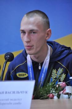 wcg-2013-final-press-conference-Igor-Lyubchenko