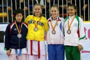 karate-Iryna-Zaretska-gold-medalist
