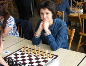 dolzhykova_chess_blitz2016