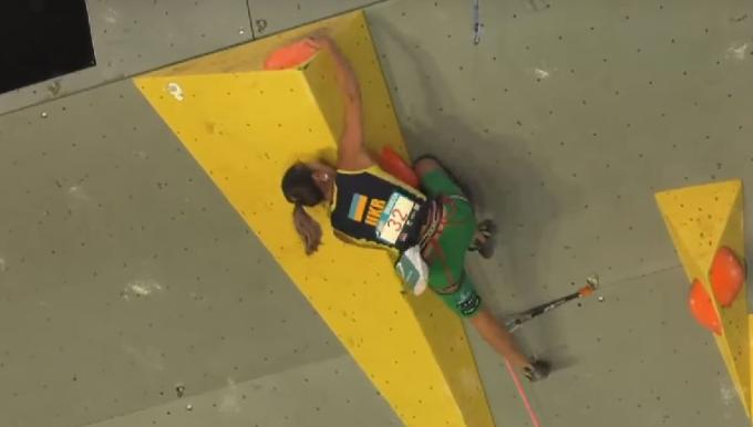 climbing_kazbekova