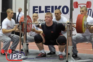 powerlift_universiada_minsk_nakone4nyj